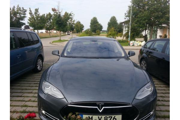 leasing durch leasing bernahme tesla model s 85 kw bj. Black Bedroom Furniture Sets. Home Design Ideas