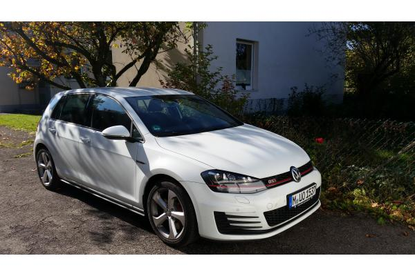 leasing durch leasing bernahme volkswagen golf gti bj 02 2017 in karlsruhe. Black Bedroom Furniture Sets. Home Design Ideas